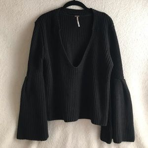 Free People Sweater | Bell Sleeves Sweater